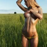 Beautiful-Hot-Girls-In-Nature_5